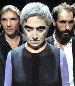 Maria Paiato, insuperabile Medea, al Piccolo Teatro Grassi di Milano (foto Pino Le Pera