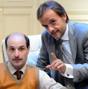 """Milano. Gianluca Guidi e Gianluca Ramazzotti in """"Boeing Boeing"""", di Marc Camoletti, regia di Mark Schneider, al Teatro Manzoni"""