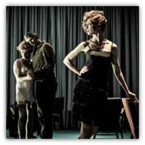 """Una scena di """"Die Ehe der Maria Braun"""", dal film di Rainer Werner Fassbinder - regia Thomas Ostermeier. Prima nazionale. Venerdì 31 luglio, Teatro Goldoni"""